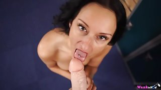 Fit beauty on her knees to give a virtual blowjob