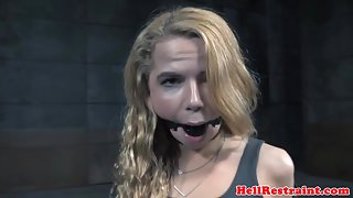 Submissive flogged after nippleclamps nt punishment