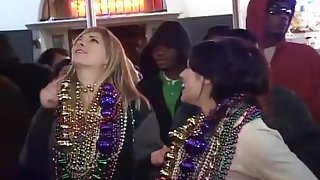 Hot Mardi Gras Strippers Fight For Beads
