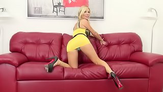 Tasha brings her man on her camera and sits on his dick