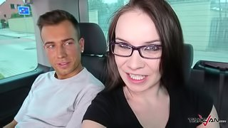 Pornstar Wendy Moon try new possible crew for takevan & get cum on pussy