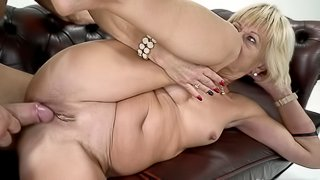 Young lover brings a lot of pleasure to old blonde female
