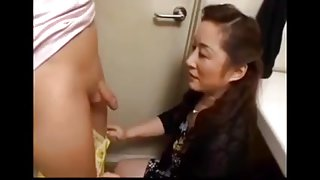 Japanese Mature sucks younger