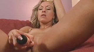 Perky and tiny tits on a solo toy fucking milf