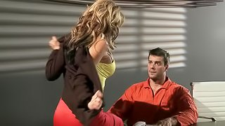 Nikki Sexx Wants Her Horny Prisioner Hung Right Now