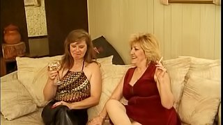 Randy mature sluts muff diving and fingering on the couch