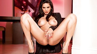 Sunny Leone in Jacket & Silver Tube-Top Tease Video