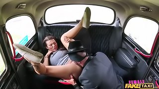 Taxi heist ends in horny cab fuck