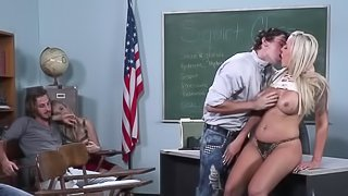 Slutty girl learns to squirt from her sex ed teacher