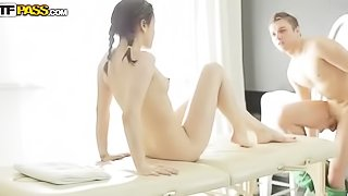 Masseur is fucking young brunette