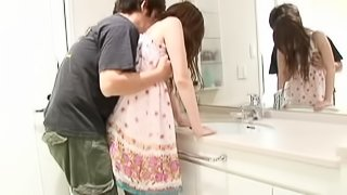 Sexy Japanese Babe Gets Creampied Before Taking a Shower