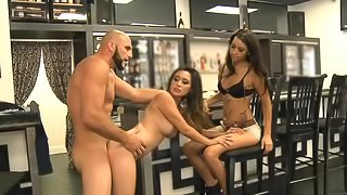Sexy brunette gets fucked in the cafe for the show