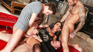 Simony Diamond & Mike Angelo & Markus Dupree & Yanick Shaft in Rocco's Perfect Slaves #05 Movie