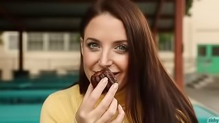 Angela White Eats