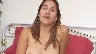Brunette latina with hairy cunt toy boning her pussy