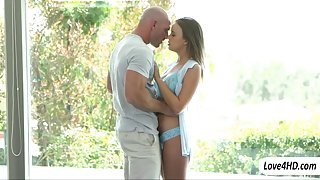 Hottie Alexis Adams banged in the snatch