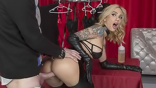 Fake-boobed tattooed stripper Sarah Jessie likes anal sex