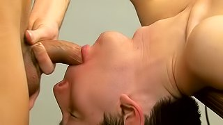 Brice Carson bangs sloppy mouth of sexy Colby London