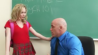 Classroom penetration session for her unforgettable shaved beaver