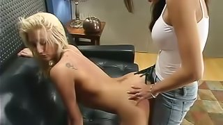 Blonde Staci Thorn gets tied up and stuffed by Shy Love
