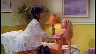 Julia Ann yells when her lesbian babe drills her using huge toy