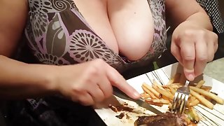 Candid Cleavage Friends Busty Wife Eating