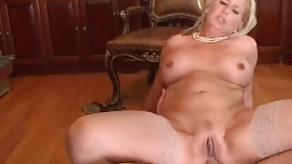 Pretty Mature Anal in the Office