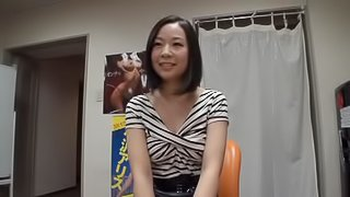 Slutty Japanese girl gives a blowjob after the interview
