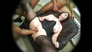 CHUBBY WIFE FISTING GANGBANG ANAL SQUIRTING