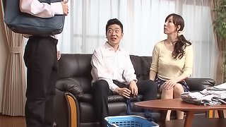 Japanese MILF with a ponytail gets penetrated vigorously