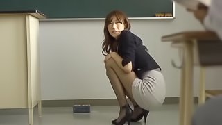 Ichika Kanhata is banged by a coworker in the office