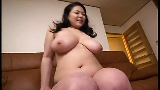 Erotic Initiation By a Voluptuous MILF