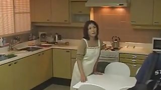 Japanese slut gets her old cunt boned