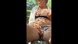 Quicky Orgasm while working Super Horny Day