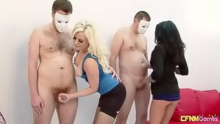 Tia Layne, Syren Sexton and Crystal Coxxx wank off lucky guys CFNM