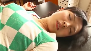 Gagged Japanese bitch gets her pussy fingered to orgasm