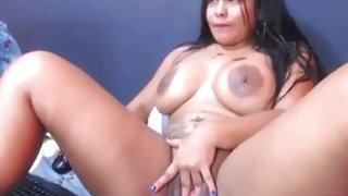 Freaky Big Booty Brazillian Cutie Giving A Live Nasty Show