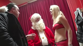 Santa visits a sexy blonde hooker for a Christmas fuck
