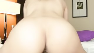 Teen with a tattooed tummy takes off her jean shorts and fucks hard in bed.