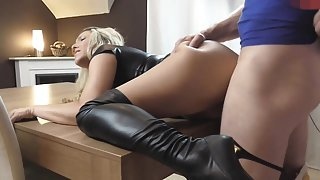 naughty-hotties.net - sweet blonde in boots on the table
