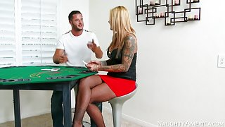 Britney Shannon & Danny Mountain in I Have a Wife