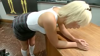 Kelly Surfer gets her smooth vag ripped apart by a fucking machine