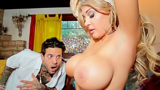 Beautiful hottie with big tits Kayla Kayden impaled in the missionary pose