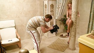 Silvia Saint poses completely nude...