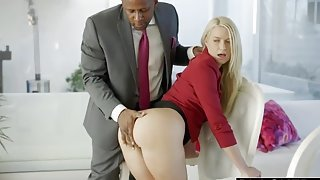Handsome platinum Anikka Albrite is ready for an assfuck