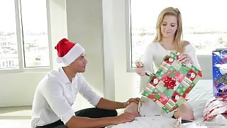 Hot chick gets fucked on Christmas