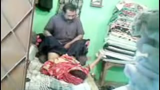 Mature Pakistani Couple In To A Quick Fuck in homemade video