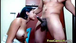 Desi Cute Longhair Collage Girl Sex Live on Freecams19,com