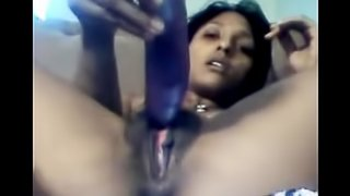 A Desi nude girl plying on webcam.