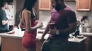 Latina revenge on bf at friends weekend party